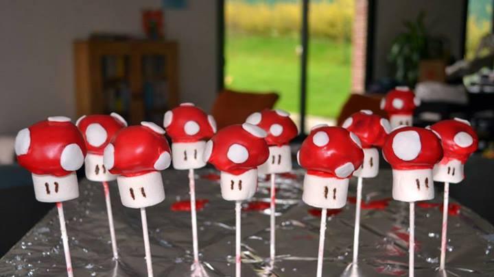 Toad cake pops