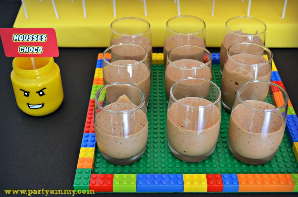 mousses-chocolat-lego-dessert
