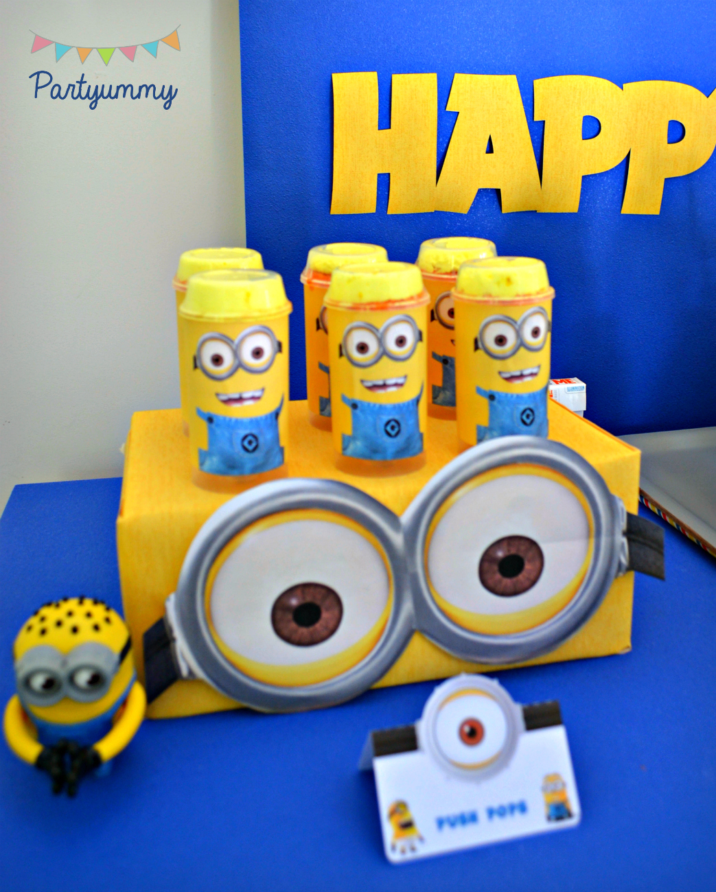 anniversaire minions. Black Bedroom Furniture Sets. Home Design Ideas