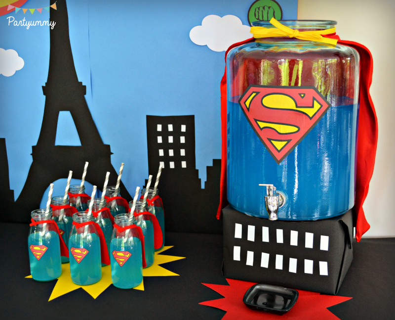 bonbonne-robinet-drink-bar-super-boisson-hero-superman-cape-milk-bottle