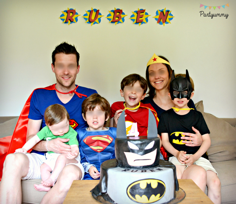 photo-de-famille-portrait-theme-superheros