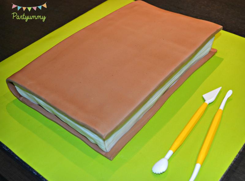 fabriquer-couverture-gateau-livre-2