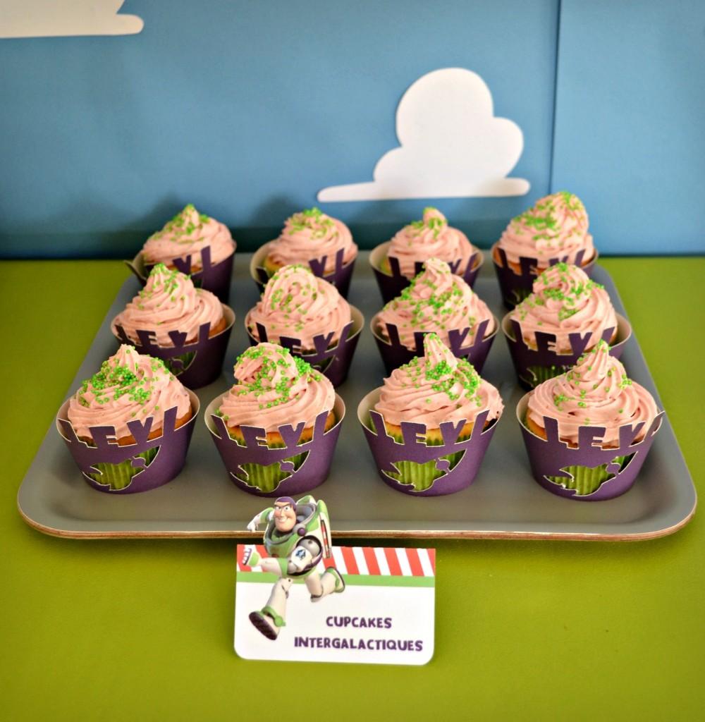anniversaire-toy-story-cupcakes-vaisseau