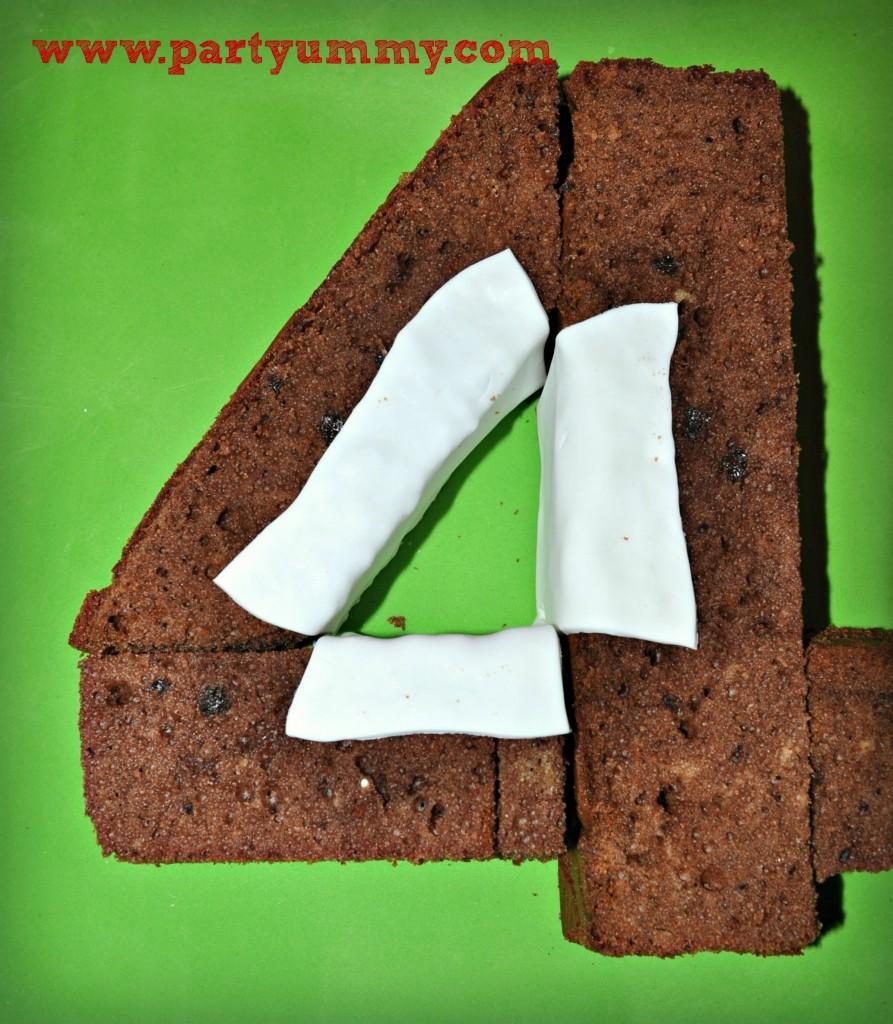 gateau-chiffre-quatre-pate-sucre