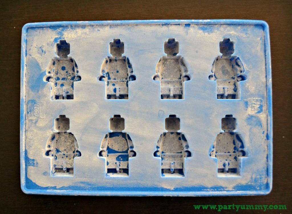 moule-a-glacons-pate-a-sucre-lego-2