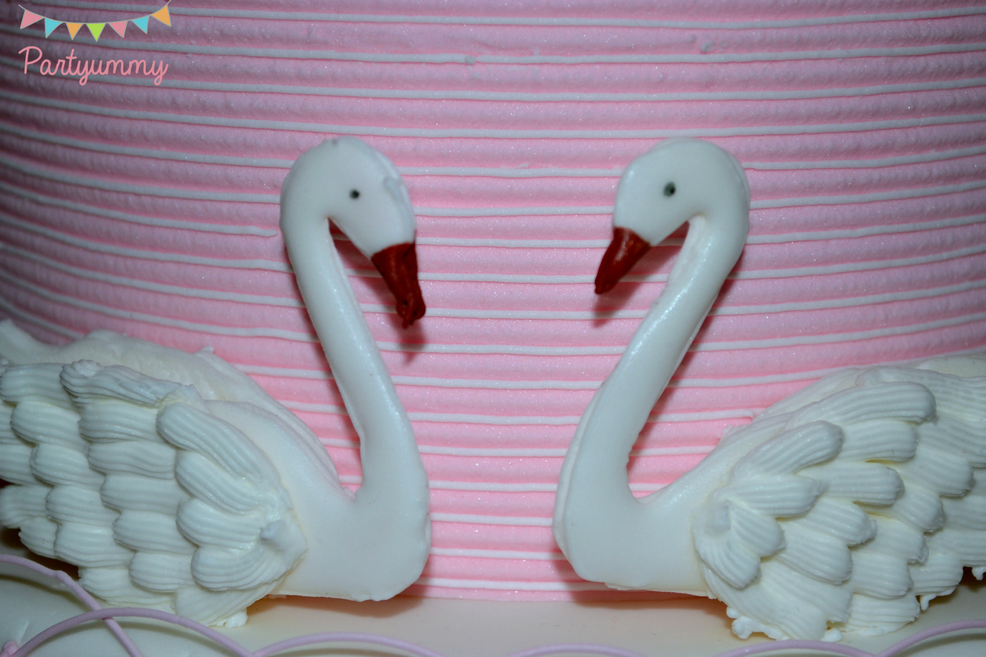 cygnes-glacage-royal-icing-swan