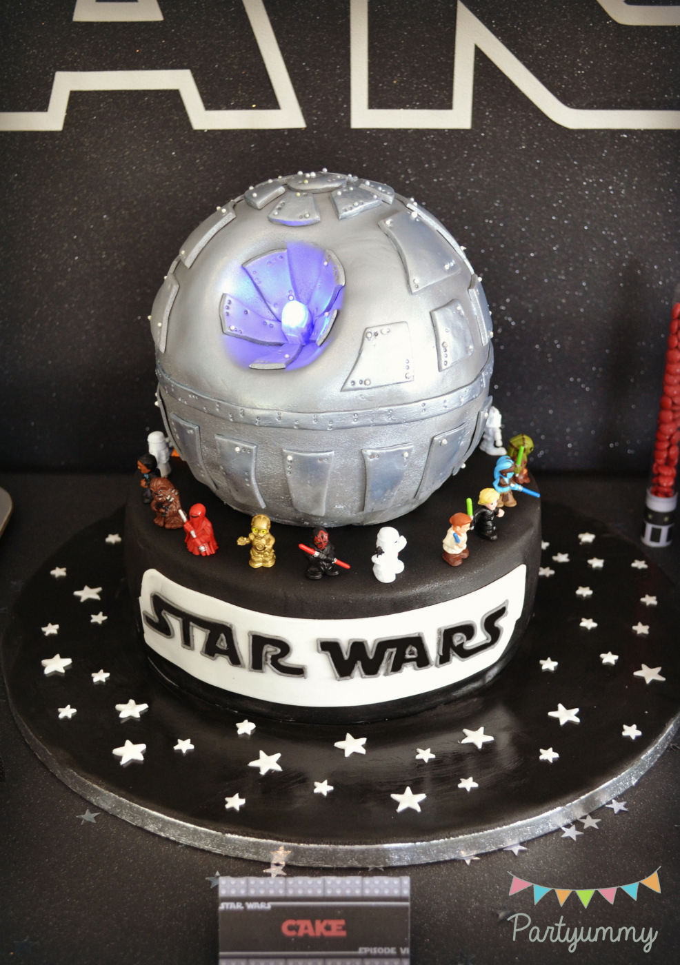 gateau-star-wars-etoile-mort-death-star-cake
