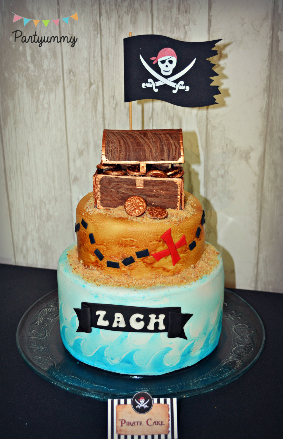 gateau-pirate-cake-drapeau-flag-coffre-chest-tresor-treasure-mer-sea