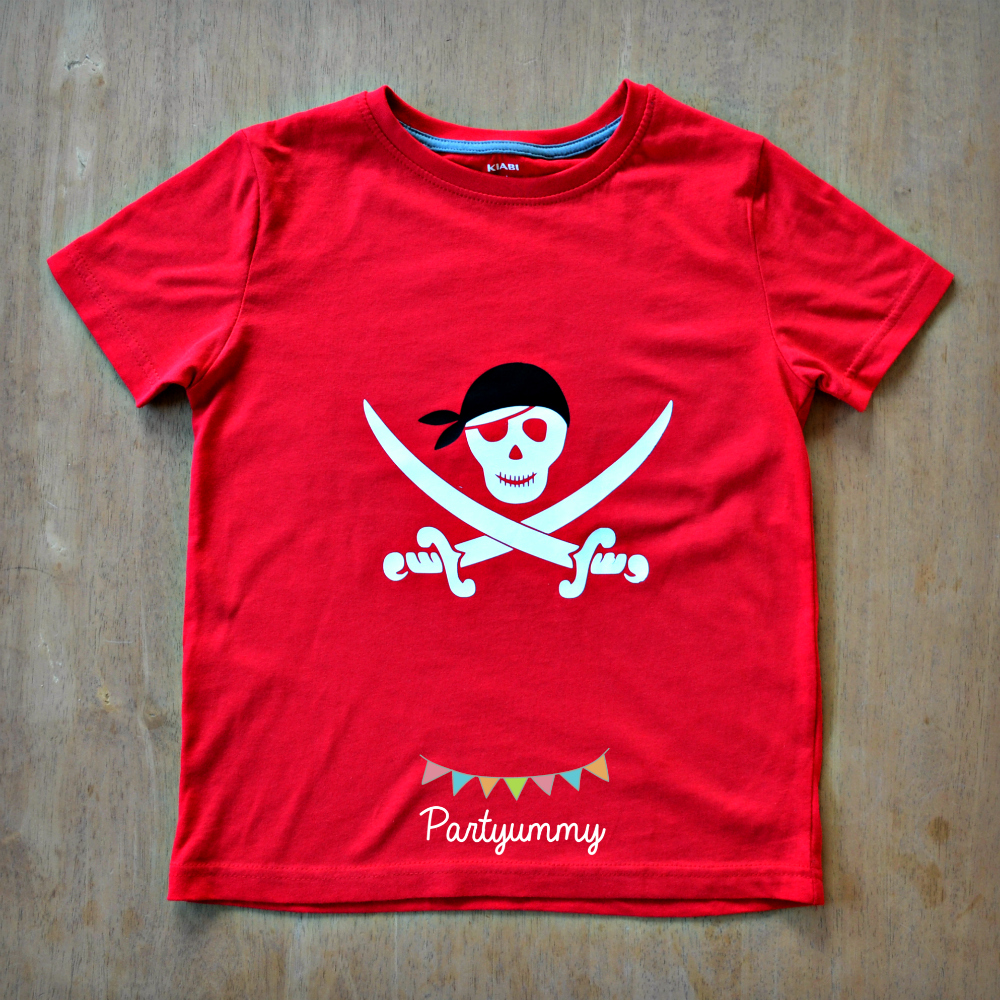 tee-shirt-pirate-rouge-enfant-diy-flex