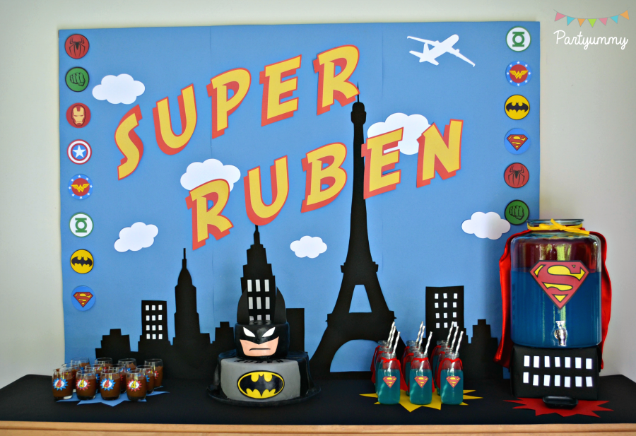 sweet-table-anniversaire-super-heros-superheroes-dessets-bonbonne-cake-design-party