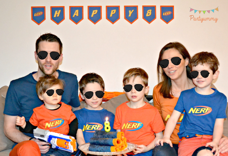 anniversaire-nerf-photo-famille-party-birthday-bash-family-portrait