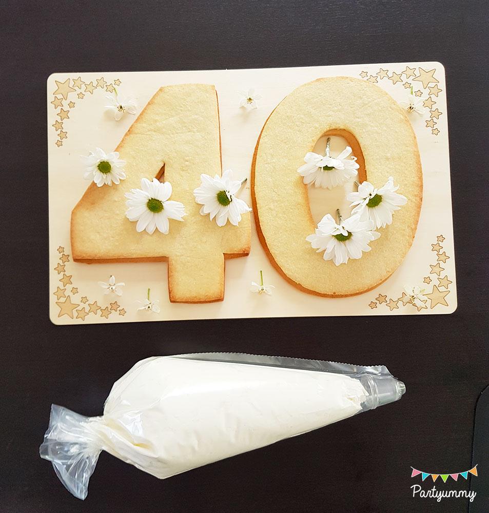 Tuto number cake chiffre nombre 40 avec pâte sablés, chantilly mascarpone avec poche à douille